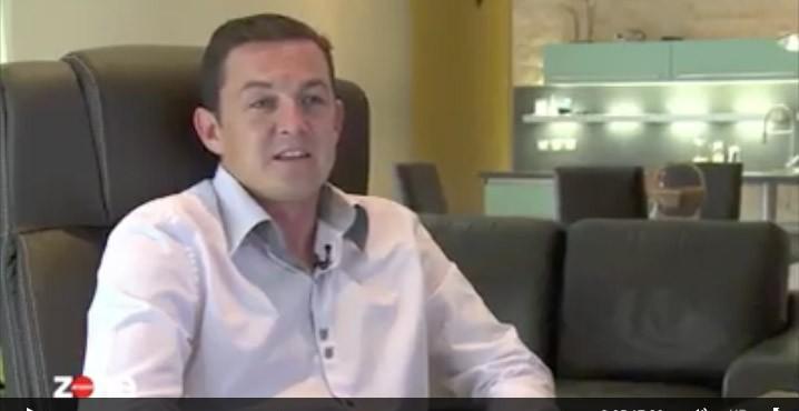 Témoignage vidéo d'un papa qui s'est fait pirater son compte Facebook